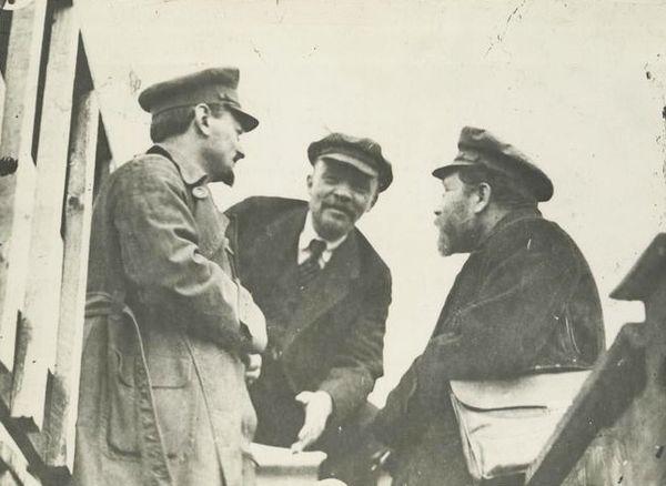 I bolscevichi soli al potere
