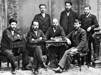 I fondatori dell'Unione di lotta per l'emancipazione operaia (Lenin al centro). San Pietroburgo 1896