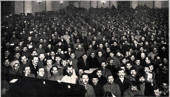 L'apparizione dei Soviet